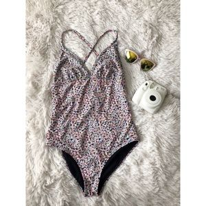 OLD NAVY confetti cross back onepiece bathing suit